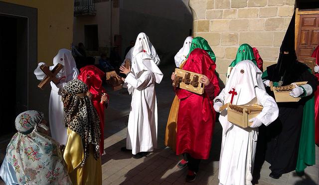 los_arcos_procesion de carranclas
